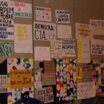 Cartazes do OcupaRio2011 na Cinelândia