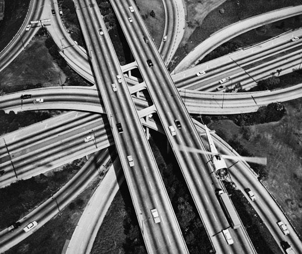 A revolução do automóvel e a tribo humana
